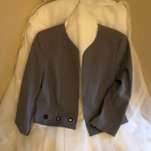 Nine West, size 12 Cropped jacket. Like new.
